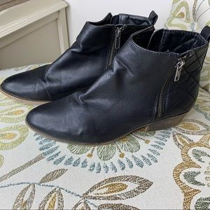 Madden Girl Hollywood Quilted Bootie Shoes Sz 7.5